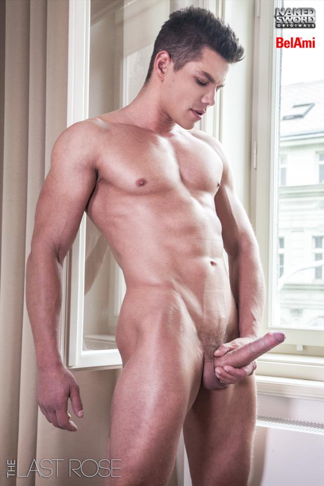 Adam archuketa wife naked